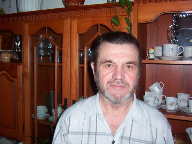 Kovács  Zoltán (Zola 49)